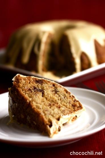 whiskey-date-bundt-cake